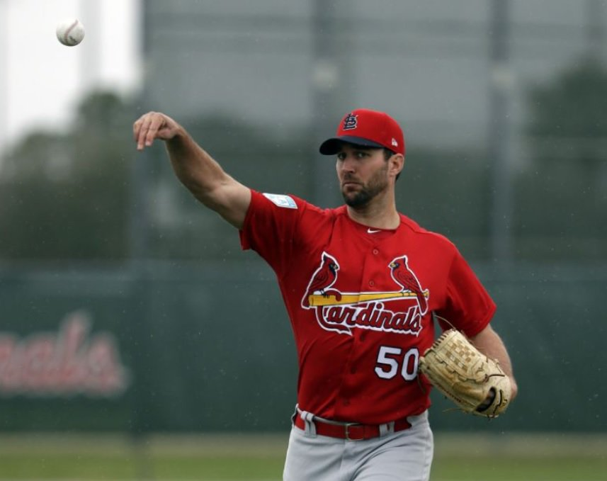 Adam Wainwright on possible strike: &#39;I&#39;m worried people will walk out midseason&#39;  It&#39;s getting real   https:// yhoo.it/2BClr42  &nbsp;  <br>http://pic.twitter.com/RxkuENbzhJ