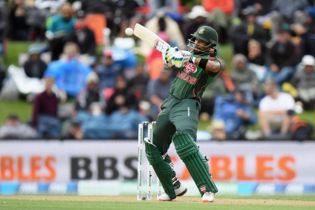 Bangladesh are all out for 226!  Mohammad Mithun's half-century and Sabbir Rahman's 43 help the visitors bounce back from 93/5 to set New Zealand 227 to win.   How will the hosts fare in the chase?   #NZvBAN LIVE 👇  https://t.co/7VLP5qkjs8