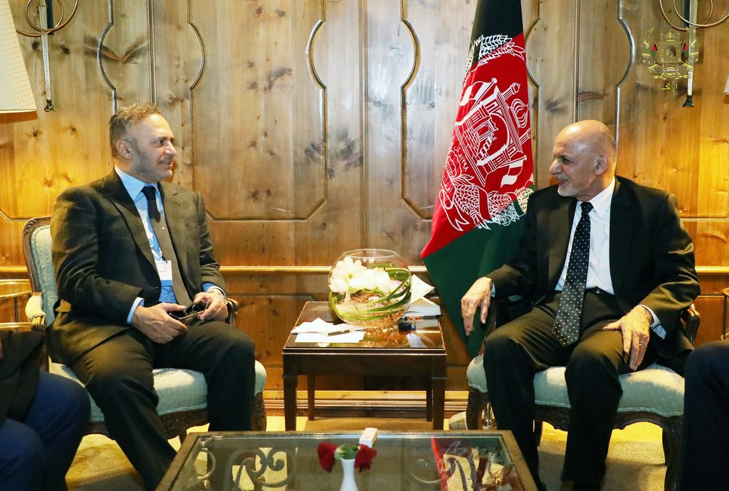 President Ashraf Ghani met with Anwar Gargash, the UAE Minister of State for Foreign Affairs, on the  sidelines of Munich Security Conference and discussed security, fight against terrorism in the region, and UAE's support to Afghan peace, ARG said.