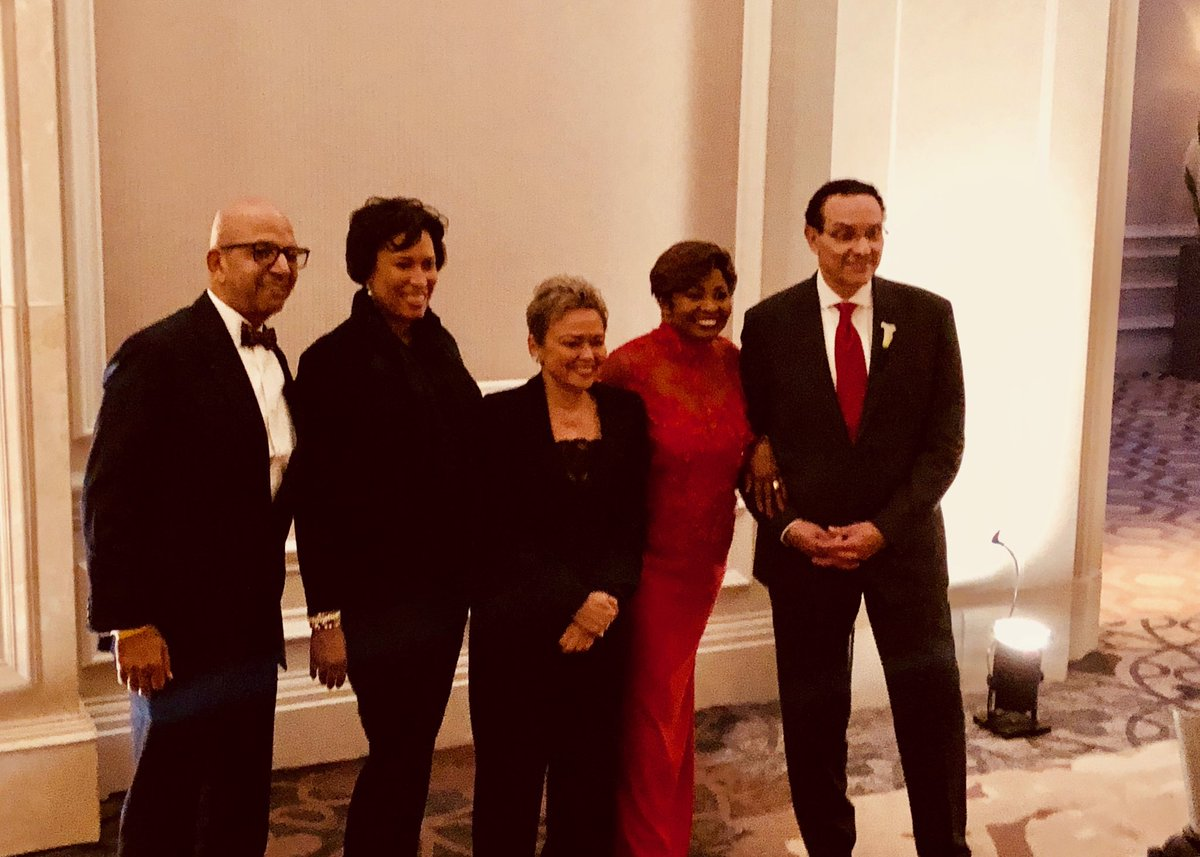 Four DC Mayors and a bride. Fmr Mayor Vincent Gray and his new wife Dawn Kum, celebrating their marriage at a reception tonight with Mayor Bowser and two predecessors.