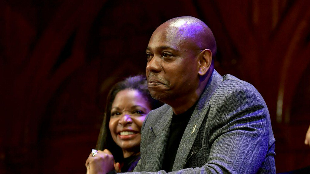 Comedian Dave Chappelle hand-delivers tickets to couple scammed on Craigslist https://t.co/kVxDpAZMFQ