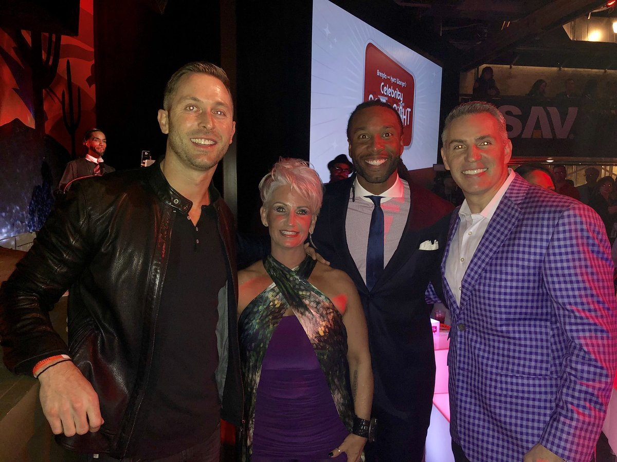 Great group tonight at #CelebrityGameNight to benefit @TreasureHouseAZ :  Kliff Kingsbury @WarnerBrenda @LarryFitzgerald @kurt13warner