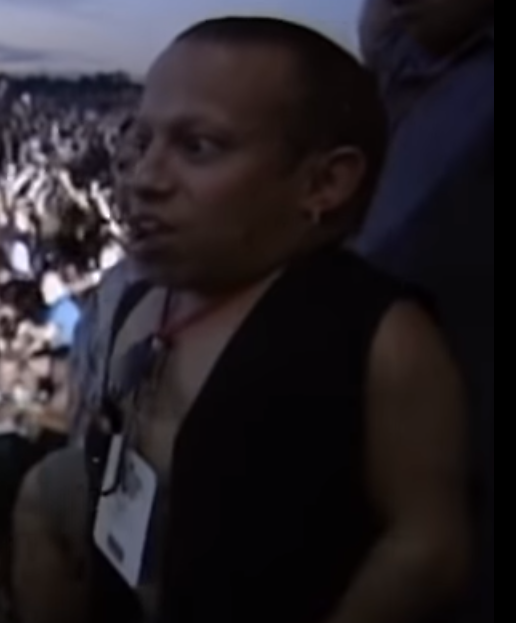 Yeah, Verne Troyer was a huge Limp Bizkit fan. Check out those VIP credentials. RIP <br>http://pic.twitter.com/fyLrHedxcQ