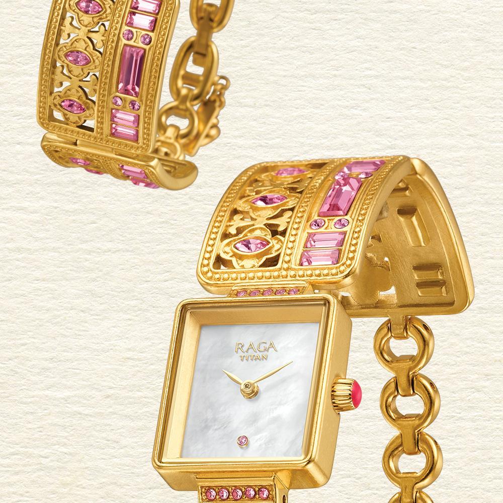 4ebb3c48b35e1 Titan Watches India on Twitter: