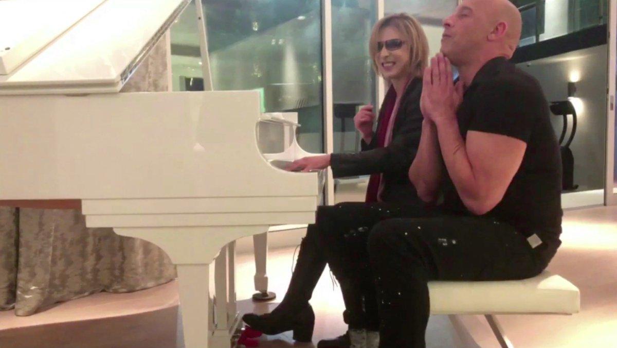 In LA @vindiesel #xXx4 #ヴィンディーゼル Video... https://t.co/FNIKv3Jflg