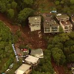 Image for the Tweet beginning: Sausalito: a mudslide destroys a