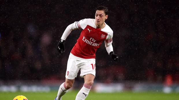 In the last 14 games -  Mesut starts in 3 games, coming in from bench once & didn't featured in 10 games.  We loss one game in which Mesut played, win 2 and draw 1.  Our team losses 6 games & manage to win 4 games in which Mesut didn't play.  #AFC