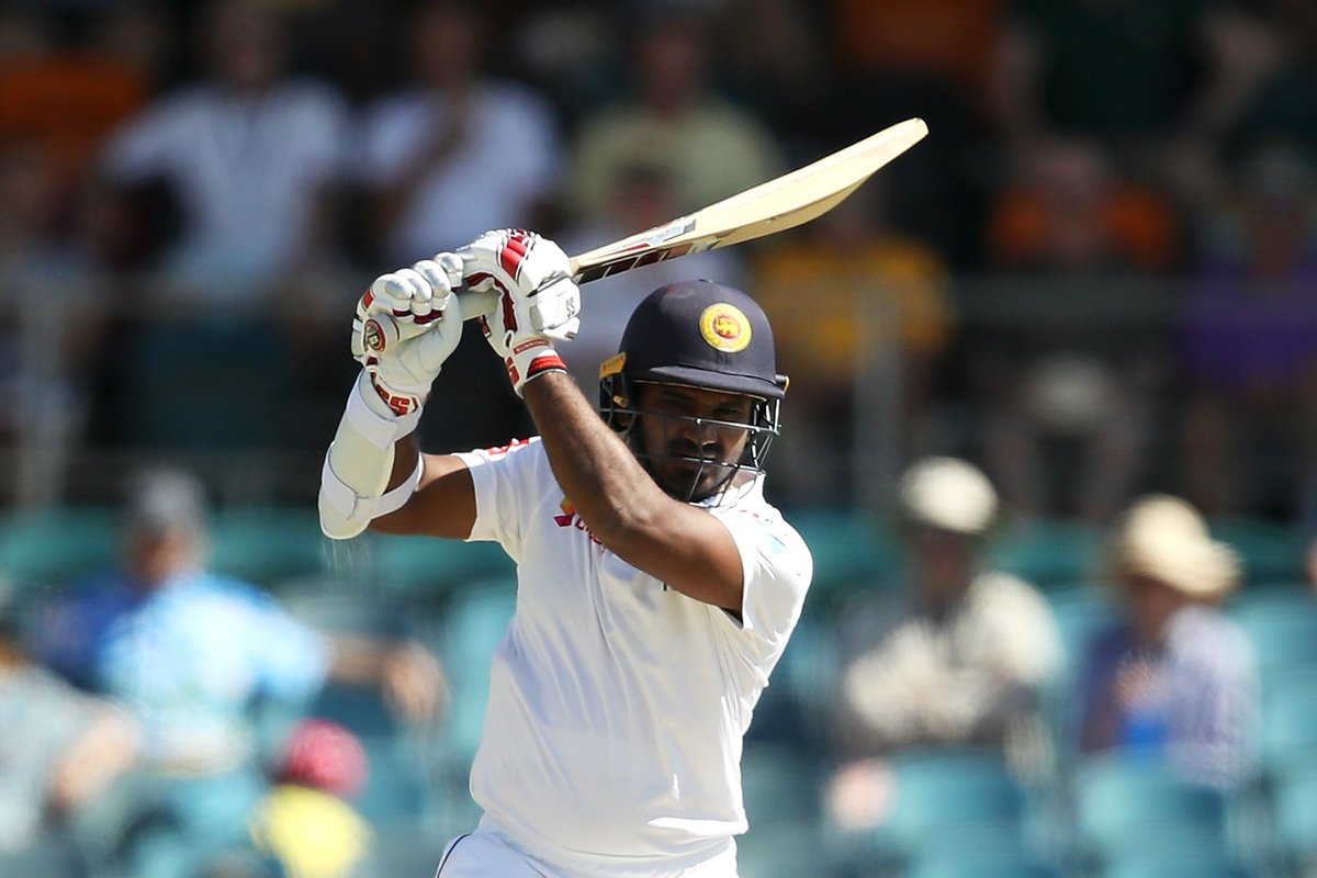 Sri Lanka will resume Day 4 of the Durban Test on 83/3. They need 221 runs more to win.  Can they reach the target today? Will South Africa take seven wickets before that?  #SAvSL LIVE 👇  https://t.co/ILua51HGUd