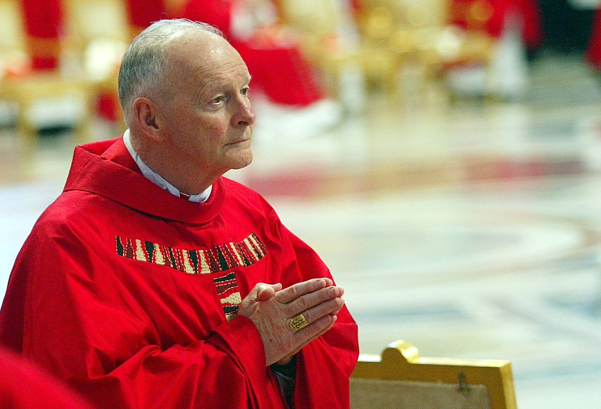 #Pedofilia , arcivescovo#McCarrick  colpevole: ridotto allo stato laicale. Il Vaticano: 'Il Santo Padre ha riconosciuto la natura definitiva, a norma di legge, di questa decisione', che dunque è inappellabile  →https://t.co/YfmxpiwRoF