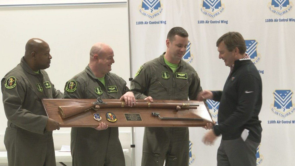 UGA football coach Kirby Smart visits Robins Air Force Base https://t.co/LPwfCaDd5z