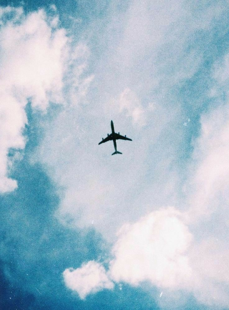Картинки, картинки самолетов с надписями на небеса