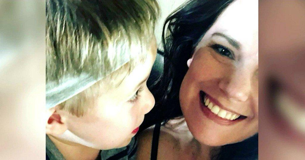 Woman's Stolen Purse had Deaf Son's Cochlear Implants Inside https://t.co/ajidWqn4M8