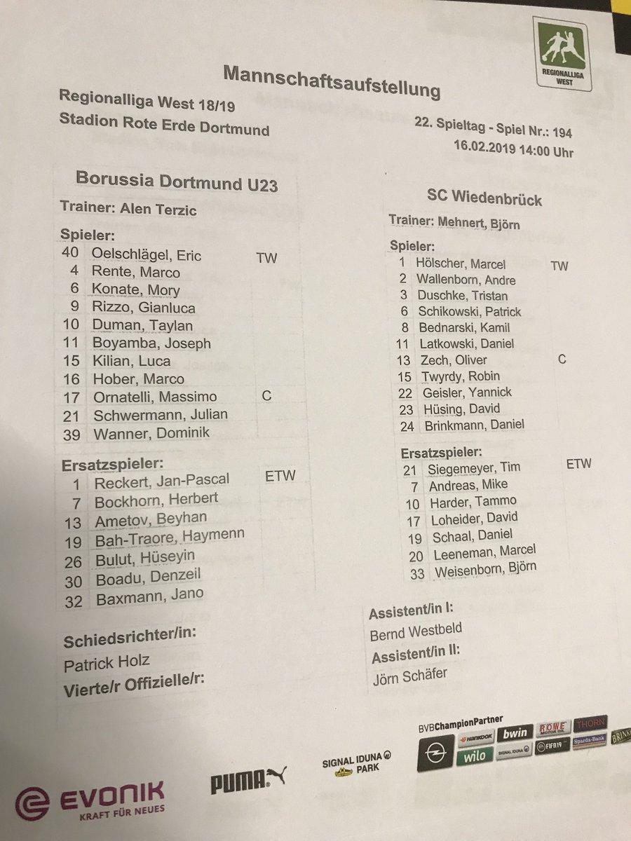 In einer Stunde spielt #BVBII gegen den SC Wiedenbrück. Die Aufstellungen: