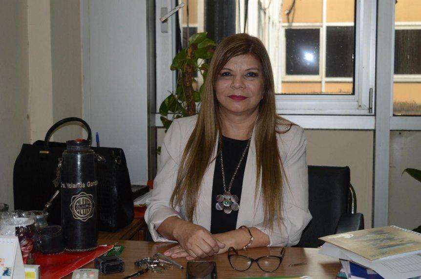 """ABC Digital on Twitter: """"📌 La Dra. Yolanda González asumió como directora  general del Hospital Nacional de Itauguá. 📌 La médica tiene como desafío  recuperar la institución actualmente se encuentra en total"""