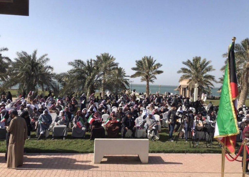 الكويتيون يتوافدون على #ساحة_الارادة للاعتصام السلمي