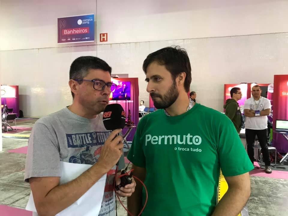 .@mdcurioso conversa agora com Gabriel de Sousa, CEO da Permuto. Tem alguma coisa pra trocar? Então acompanhe a entrevista em 90.9 FM, pelo app BandRadios e via internet e conheça como funciona essa startup.  A RB marca presença na @CampusPartyBRA.