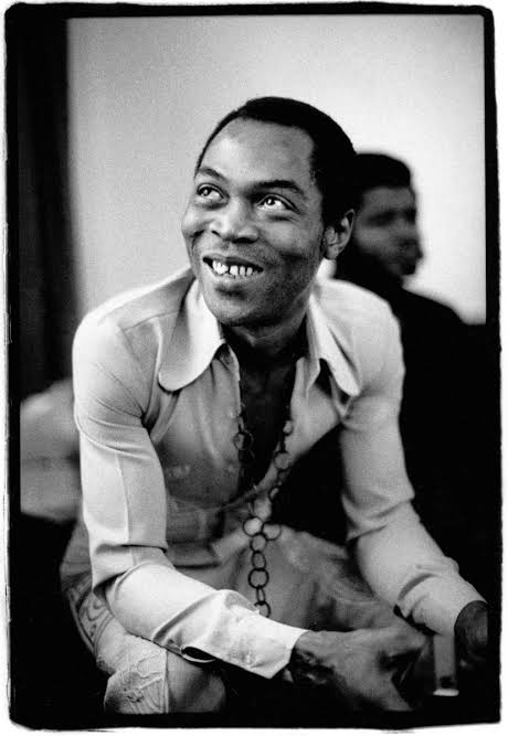 Fela Kuti  Influenced Beyoncé&#39;s Grown Woman &amp; End of Time.  Broadway film.  Song in Nike ad   Ex Guinness World Record.  US Certificate of Congressional Recognition.  Influenced James Brown&#39;s style in the 70s.  Rejected $1m Motown deal.  Diddy&#39;s 100 People He Wished He Met List. <br>http://pic.twitter.com/ySWPVySX3W