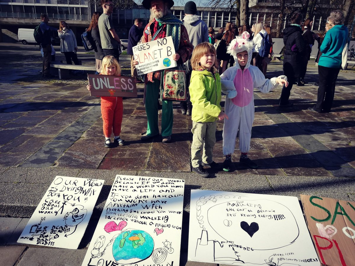 My 6 year old son, his classmate and 3 year old sister striking for Climate action yesterday. C&#39;mon humans, pull your socks up, they shouldn&#39;t need to be doing this! #SchoolStrike4Climate #youthstrike4climate #extinctionrebellion #GretaThunberg<br>http://pic.twitter.com/RmZ4UufemE