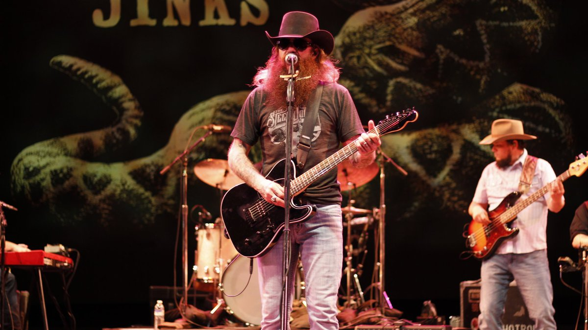 As promised, here is our coverage of the @FloridaTheatre show last Friday featuring @CodyJinksMusic and @GettinSweenered complete with a travelogue of @Garyhayes1129 first venture into Florida http://garyhayescountry.com/the-florida-theater-welcomes-mr-cody-jinks-and-miss-sunny-sweeney/…
