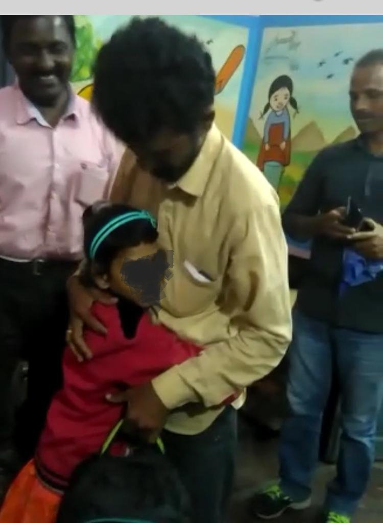#Darpan FR tool at work Another happy ending for a missing 7 year old girl. Girl went missing from Bahadurpura, Hyderabad since 2years, found at children&#39;s home in Madhya Pradesh.  #Darpan #FacialRecognition tool used by Women Protection Cell @shesafe_ts<br>http://pic.twitter.com/90miIRRyZd