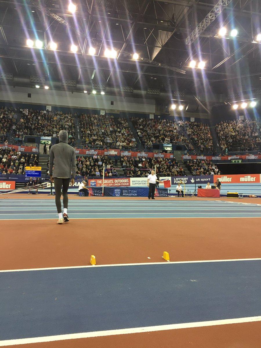 Top action so far ... men's high jump up next ... #MullerIndoorGPBham @BritAthletics