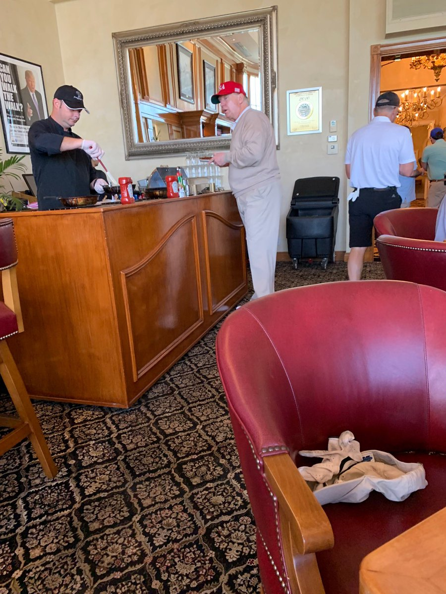 just in — a source at the Trump International Golf Club in Palm Beach just texted me this photo taken a short time ago.  omelette bar: