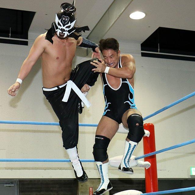 "AJPW: ""Jr. Battle of Glory 2019"" Días 8 y 9 Koji Iwamoto, imparable 4"