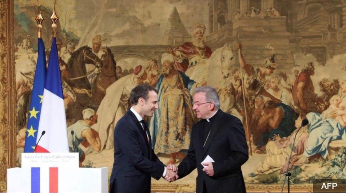 Посол Ватикана во Франции Луиджи Вентура обвиняется в сексуальном насилии  74-летнего клирика обвиняют в непристойных домогательствах к младшему сотруднику парижской мэрии в день официальной встречи мэра с дипломатами 17 января.