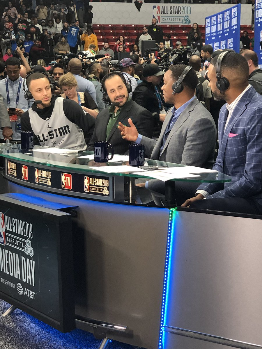 📺 @StephenCurry30 joins the #NBAAllStarMediaDay fun with @NBATV!   #StephenCurry #NBAAllStar