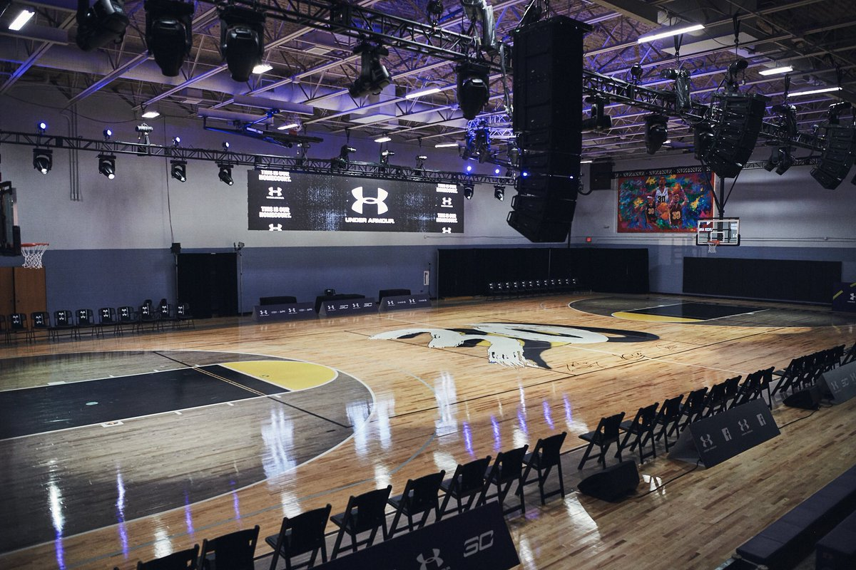 """Stephen Curry told Under Armour to ditch any All-Star Weekend party plans, and throw the brand's entire budget into renovating his childhood Charlotte rec center.  Inside the """"7-figure commitment"""" to remaking the Carole Hoefener Center: http://www.espn.com/nba/story/_/page/allstarsneakers25998675/stephen-curry-armour-giving-back-all-star-weekend…"""