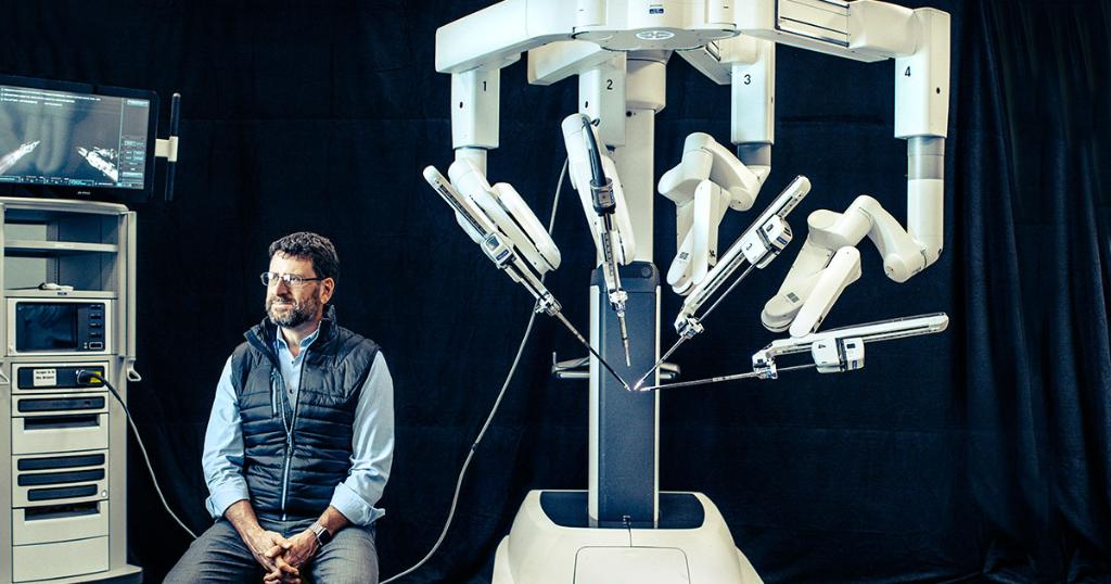 Intuitive Surgical was a pioneer in operating room robots, dominating the market with its da Vinci surgical helpers. Rivals are now coming for the spoils, and CEO Gary Guthart has a plan to head them off http://on.forbes.com/6018Er0Pq by @mtindera07