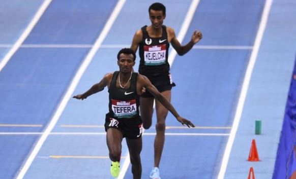 Ethiopian teenager Samuel Tefera breaks the 22-year-old 1500m indoor world record with a stunning performance in Birmingham 👏  👉 https://bbc.in/2ttDm8d