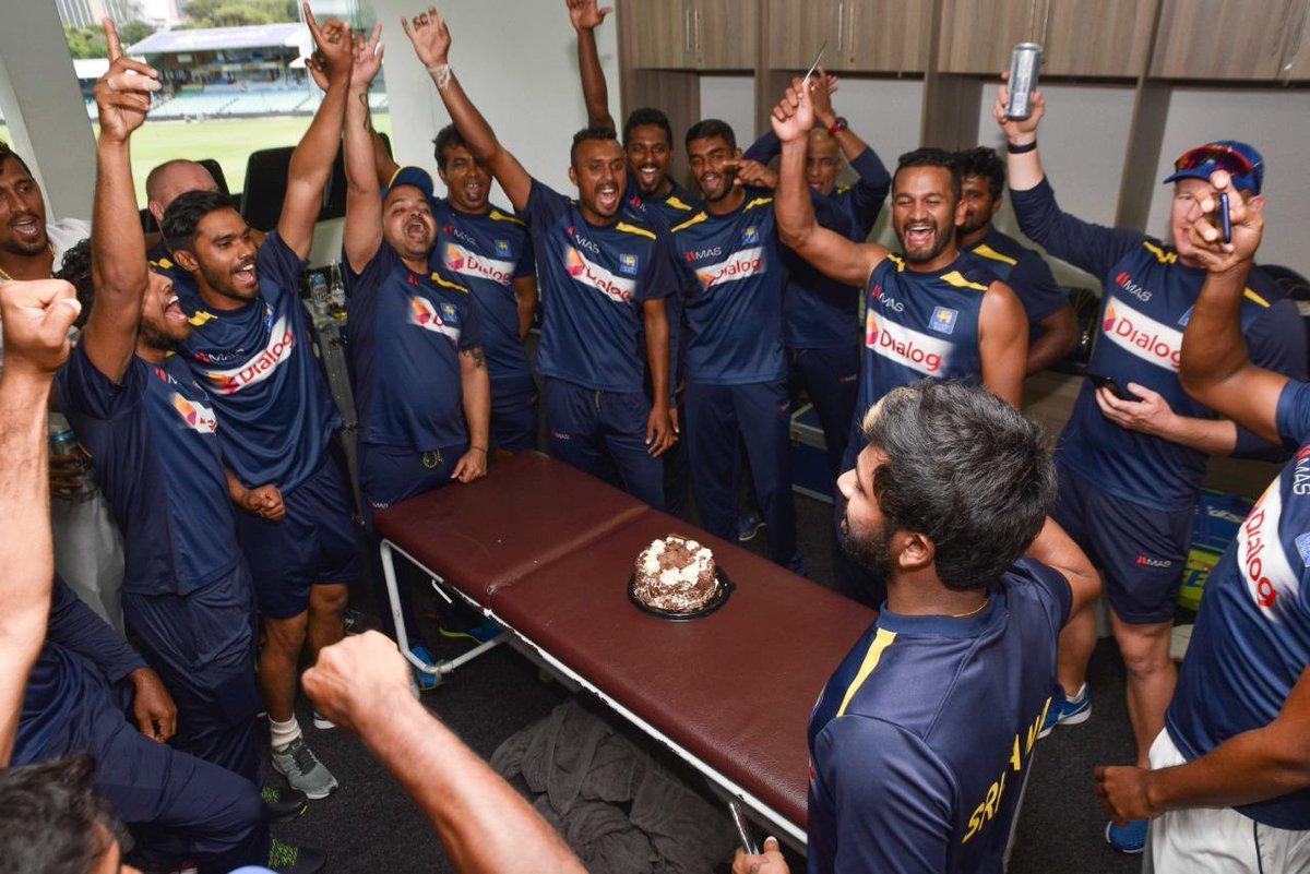 Team celebrates a hard-fought, much-needed victory at Durban 💪🏼🇱🇰#LionsRoar #WeRoar #SAvSL