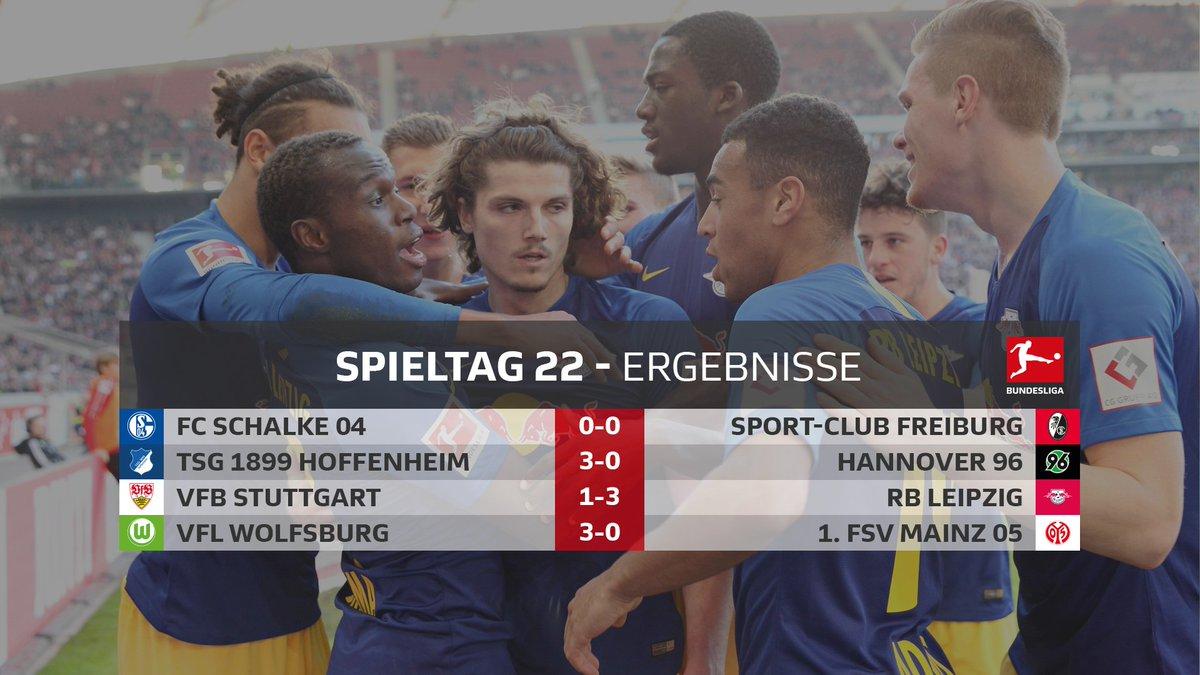 Abpfiff in allen vier Stadien - das sind die Endergebnisse des #Bundesliga-Samstags 👀👇   #S04SCF, #TSGH96, #VFBRBL & #WOBM05 zum Nachlesen im Liveticker ➡️ http://bndsl.ga/ttL4jCt