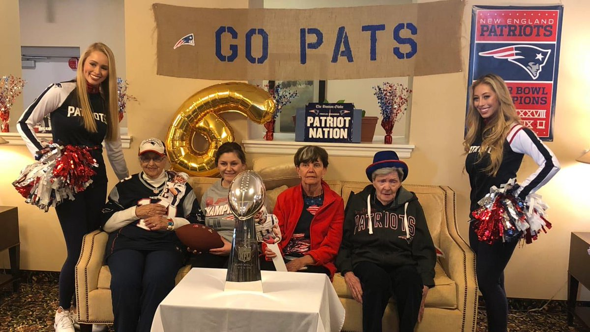 Leading up to the #SuperBowl, this local assisted living home hosted their very own #Patriots parade.   This week, they received a special surprise:  https://t.co/6CMZ88tHEE