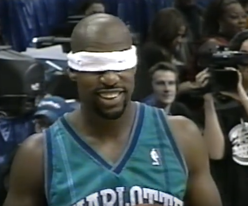 Podcast: my daughter and I give our All-Star Saturday predictions  plus Baron Davis blindfolded:    https://t.co/apiSme33uh