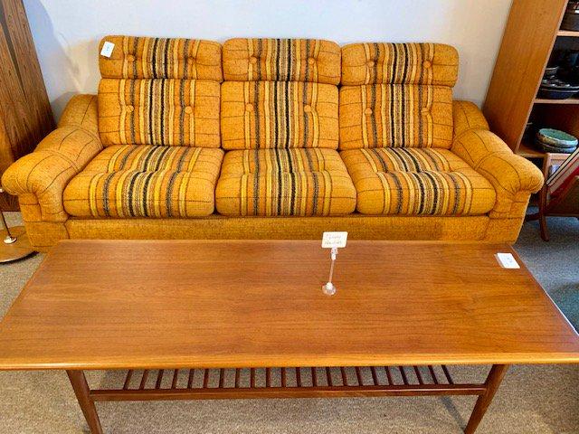 "Couch $999 L86"" D36"" H31"" #midcentury #vintage #midcenturymodern #interiordesign #s #design #decor #interiors #home #midcenturyfurniture #vintagedecor #midcenturydesign #vintagefurniture #vintagestyle #homedesign #antiques #modernism #vintagehome #decoration #designer #bhfyp"