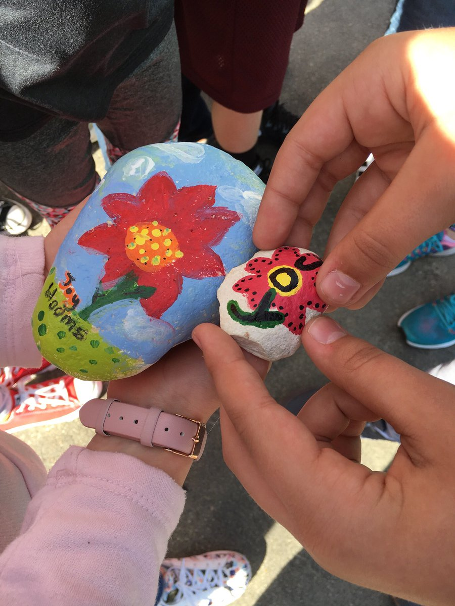 @lstvincentj @Author_S_Jeffs Yes! Our kids painted to rocks in art class.