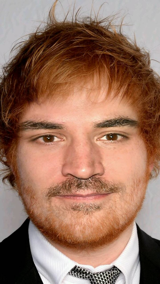 I present.... Ted Sheersby @JoshRadnor  @edsheeran<br>http://pic.twitter.com/NJtqhC9Ncu