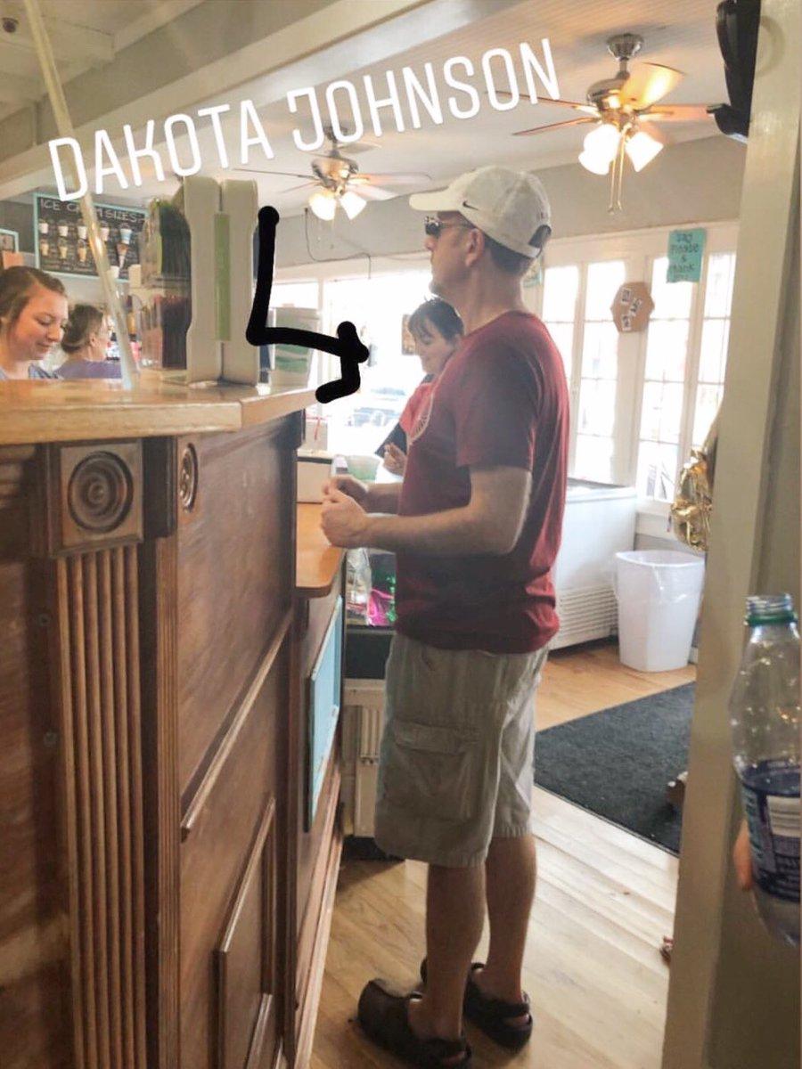 "February 16th, Dakota at a coffee shop in Fairhope, Alabama. She's currently filming ""The Friend"" #DakotaJohnson <br>http://pic.twitter.com/RrLi6tQrta"