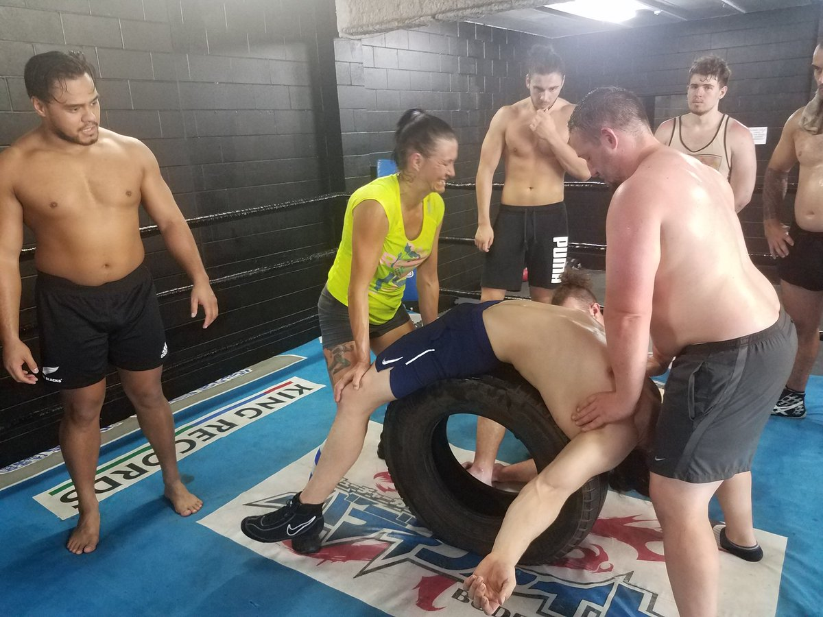Train to the point of exhaustion, then stretch you like taffy at @FaleDojo while @HenareNZ watches on. https://t.co/ev5s3DwGp7