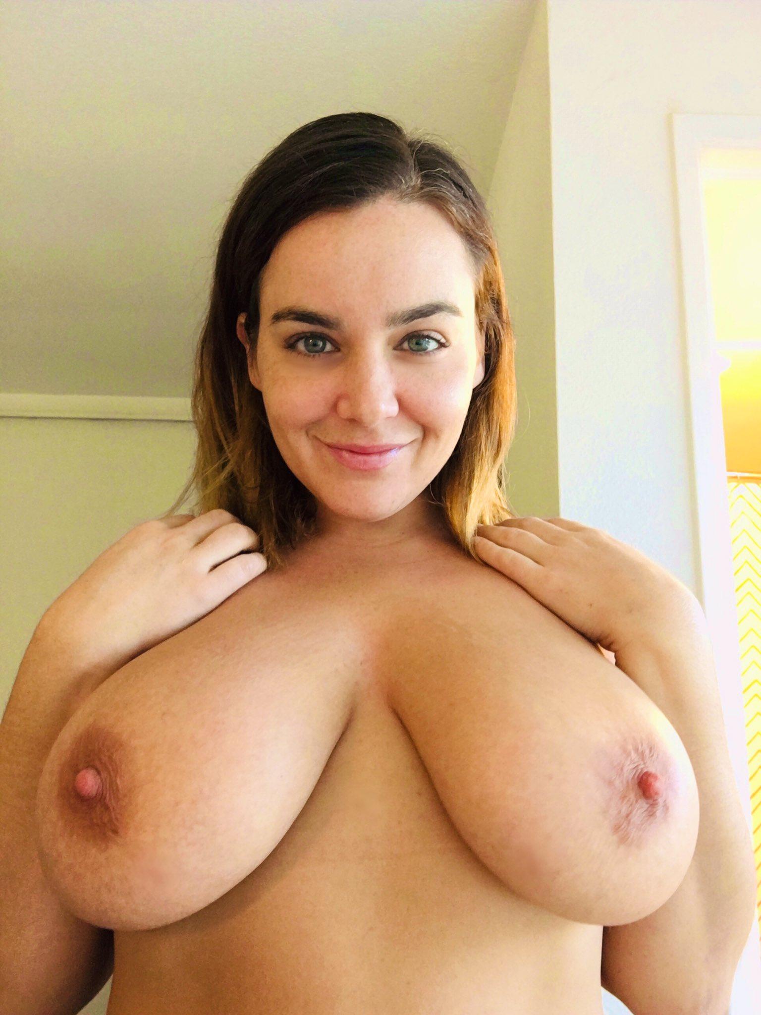 Natasha Kizmet Tits