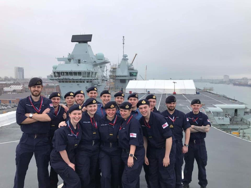 Many thanks to @HMSQNLZ for the fantastic tour today! We're not sure who enjoyed it more, @BirminghamURNU or our Ship's Company!? #BehindTheWall