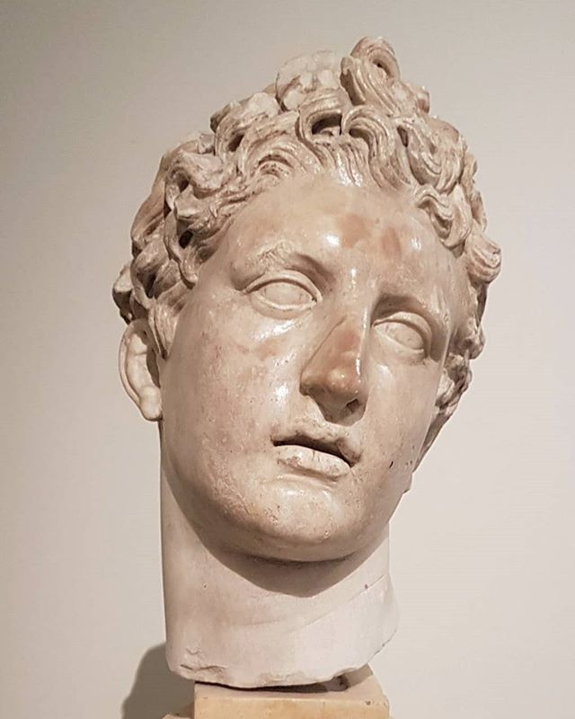#Skopas #Meleager #marble  @museoarcheologiconapoli #archeology #sculpture #GreekSculpture https://t.co/QcEX393VD6