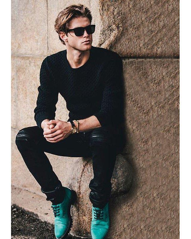 I Love Black Style . . . #TotalBlack #blackfashion #menstyle #menswear #menfashion #menwithclass #menwithstyle #dapper #mensfashionpost #mensstyle #men #gentleman #menwithstreetstyle #gq #guyswithstyle #streetfashion #streetwear