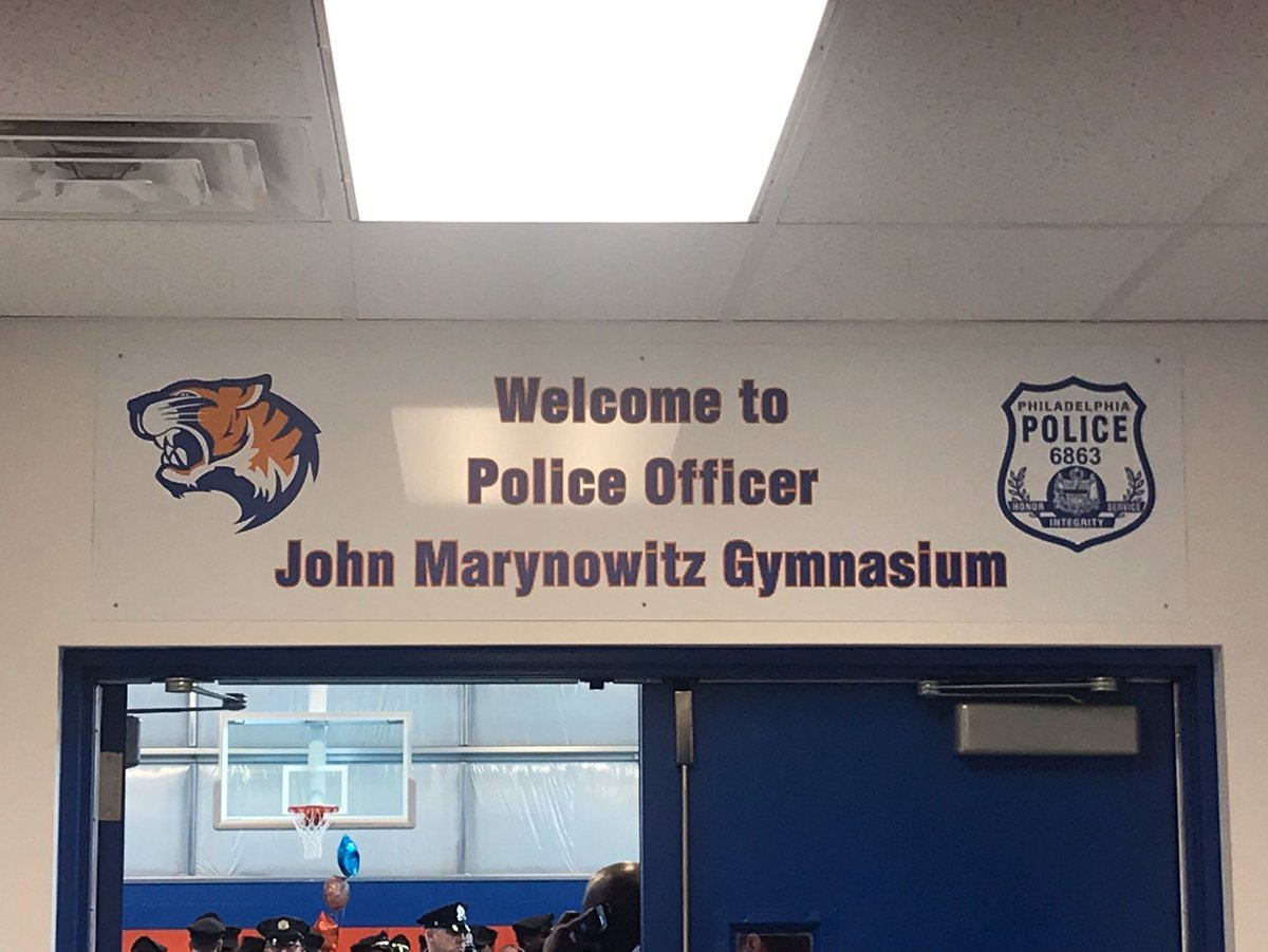 @PhillyPolice @PPD07Dist @FOPLodge5 @GLFOP @BustletonBengal @PhillyPAL @PhillyGoal @PhilaParkandRec dedication of John Marynowitz memorial gym. John was seriously wounded permanently disabled in service to his city. Everyday of his life is a testament to his courage. #HERO