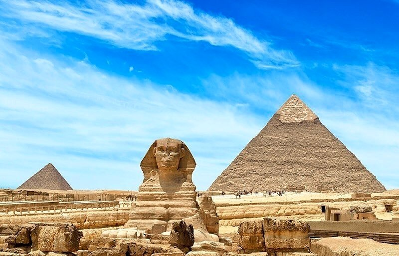 The spectacular #Giza pyramids & #Sphinx... 🌞 . . . . #traveling #visiting #instatravel #instago #instagood #trip #holiday #vacation #travel #photooftheday #travelling #tourism #mytravelgram #travelgram #travelingram #igtravel #travelopo #travelstagram #tripstagram #vacationmode
