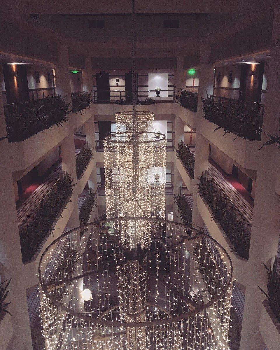 All of the lights 💛 #hotel #cyprus #limassol #holiday #travel #twittertravel #travelblogger #ilovetravel #tourist #tourism #adventure #exploring #wanderer #wanderlust #blogger http://travel-with-bee.com 🇨🇾