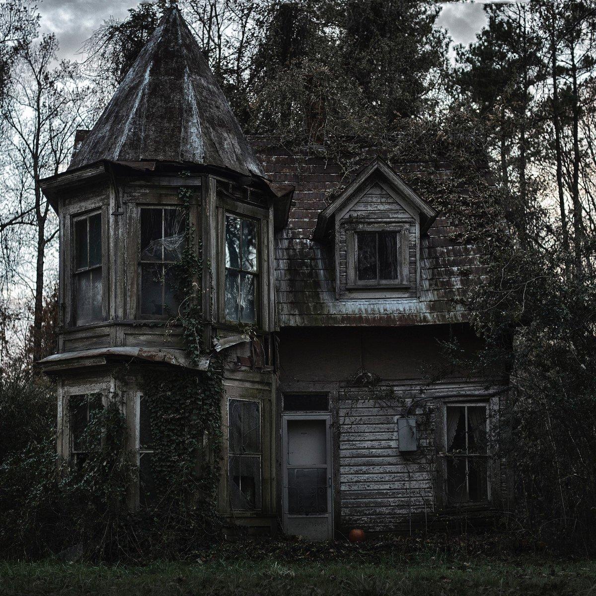 себе свадьбу заброшенные старинные дома фото совершенно точно олигарх
