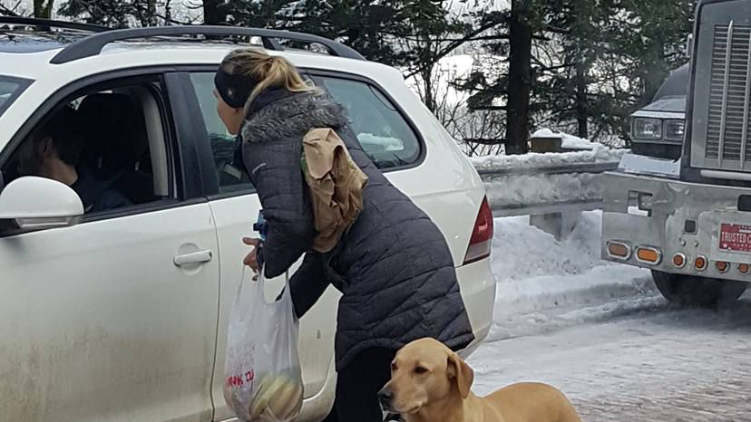 'I think we were there for 18 hours': State troopers, 'mystery couple' hand out food to stranded drivers during ice storm  https://t.co/eRUpoqHLGh